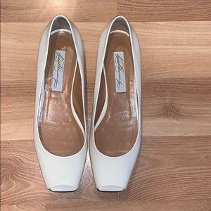 Diana Broussard cream open toe flat size 38/8
